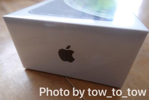 iPhone xs 外箱 りんごマーク