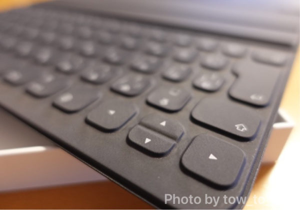 Apple Smart Keyboard Folio キーボード部分