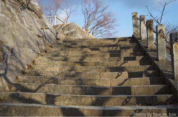 盛岡城本丸までの階段