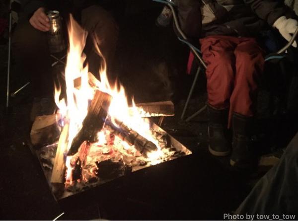 ユニフレーム ファイアグリルで焚き火