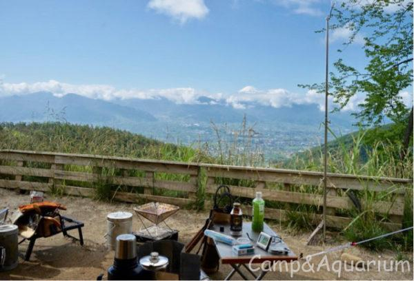 ほったらかしキャンプ場区画サイト5番景色富士山