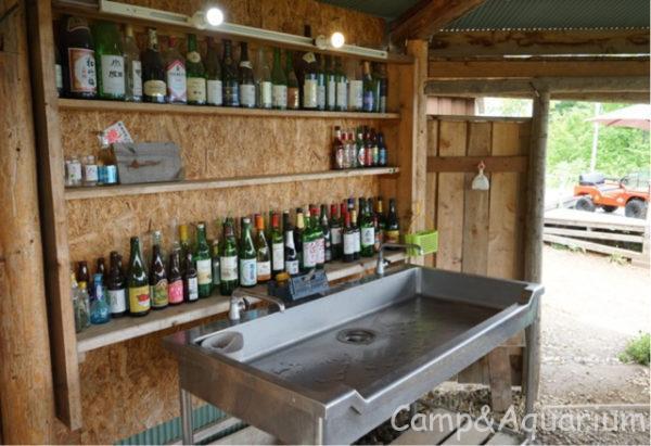 ほったらかしキャンプ場区画サイト炊事場