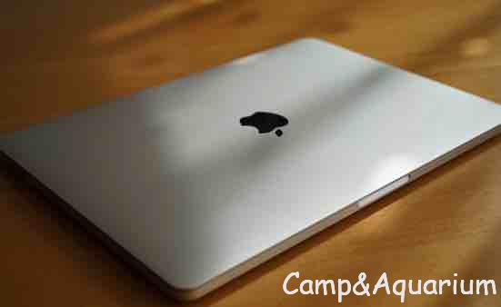 MacBook Pro2018購入レビュー 新しくて薄くて軽くてクアッドコアは正義でした