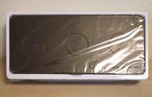 JE Qi承認 急速多機能ワイヤレス充電器 開封